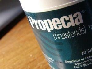 Propecia_Bottle_closeup